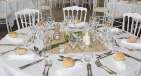 Détail table | Domaine du Bois de l'Arc